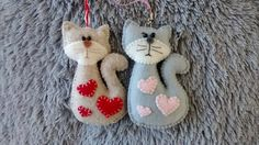 Felt Cat with Hearts / Valentine Gift / Christmas by MyCraft2You