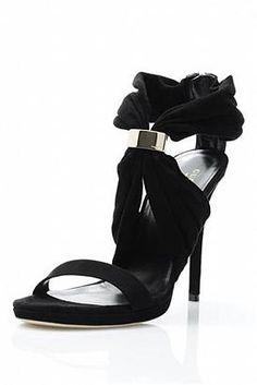 Gucci Genuine Suede Heels -