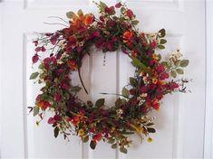 Εικόνες Pine Cone Christmas Tree, Christmas Tree Ornaments, Pine Cones, Grapevine Wreath, Grape Vines, Floral Wreath, Wreaths, Diy, Decor