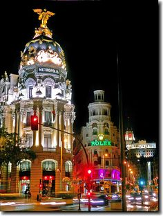 / Gran Vía, Noche Night in Gran Vía, Madrid. SpainNight in Gran Vía, Madrid. Places Around The World, The Places Youll Go, Travel Around The World, Around The Worlds, Wonderful Places, Beautiful Places, Foto Madrid, Madrid City, Madrid Travel