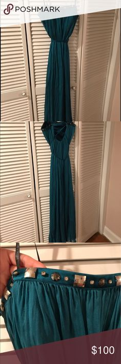 Laundry by Shelli Segal formal dress. Price ⬇️ Long Grecian teal formal dress. Make an offer! Price DROP ⬇️. From 100 to $80 Laundry by Shelli Segal Dresses Strapless