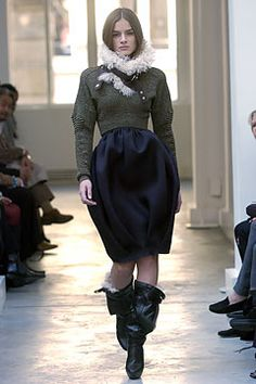 Balenciaga Fall 2004 Ready-to-Wear Fashion Show: Complete Collection - Style.com