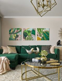 42 Awesome Small Apartment Living Room Design Ideas 42 Awesome Small Apartment Living Room Design Id Living Room Green, Living Room Sofa, Living Room Interior, Tropical Living Rooms, Art In Living Room, Colorful Living Rooms, Small Room Interior, Tropical Home Decor, Tropical Interior