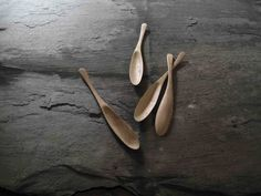 HAND CARVED WOOD  SPOON  CARVED FROM MVULE WOOD, A MANAGED EAST AFRICAN HARDWOOD USING OFF CUTS FROM THE FURNITURE INDUSTRY WHICH WOULD NORMALLY BE DISCARDED OR BURNT FOR FIRE WOOD