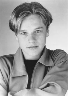 Ugh Devon Sawa...was another crush of mine :) Hes the reason I would watch Casper, Now & Then, and Little Giants