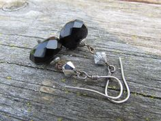 Silver and Black Onyx Earrings Office Fashion Classic Etsy Jewelry, Jewelry Gifts, Unique Jewelry, Gemstone Properties, Earring Trends, Office Fashion, Black Onyx, Gemstone Jewelry, Fashion Jewelry