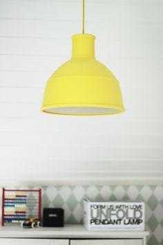 Uusi lamppu kattoon / lastenhuone - Pics, dots and stripes | Divaaniblogit