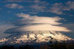 Mount Rainier Volcano   Mount Rainier Volcano, Washington