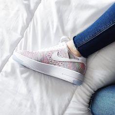 Sneakers women - Nike Air Force 1 Flyknit (©ourhiddendesires)