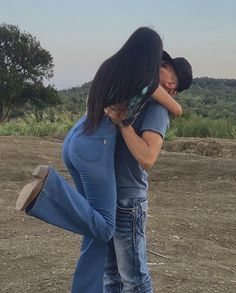 Funny Relationship Pictures, Marriage Pictures, Relationship Goals Tumblr, Couple Relationship, Cute Relationships, Country Couple Pictures, Country Couples, Cute Couple Pictures, Couple Pics