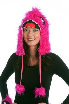 Monstermütze pink, 80% Polyester,20% Acryl wird bei Fetenman's verkleidungen-kostueme.de unter der Kategorie Monsterkostüme   geführt. Tolle Verkleidungen von Orlob Handelsgesellschaft online bei verkleidungen-kostueme.de bestellen und preiswert einkaufen. Die Artikelnummer lautet 28-5016 (EAN / GTIN 4260362020375 ).