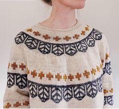 Colors and pattern. Ravelry: Tecumseh pattern by Caitlin Hunter Fair Isle Knitting, Knitting Yarn, Knitting Patterns, Ravelry, Pull Jacquard, Lang Yarns, Yarn Brands, Pulls, Knit Crochet