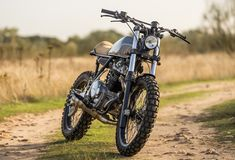 Honda XR600 | lets see your upgrades!  #whatsyourplayground? #dirt Share your playground with us at www.boltups.com