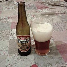 Cerveja Hernando de Magallanes Roja, estilo India Pale Ale (IPA), produzida por Cerveza Hernando de Magallanes, Chile. 5.7% ABV de álcool.