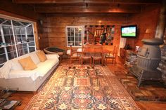 Go to Heavenly - cozy knotty pine cabin feel with modern touches