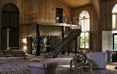 Hey, look— an unbelievably garish mansion formerly owned by Mike Tyson that now appears to be the homebase for armies of raging meth addicts. Description from modernman.com. I searched for this on bing.com/images