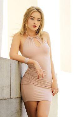 Sophe M. Shot taken in Kiev Fall 2017 European Models, Bodycon Dress, Fall, Dresses, Fashion, Autumn, Vestidos, Moda, Body Con