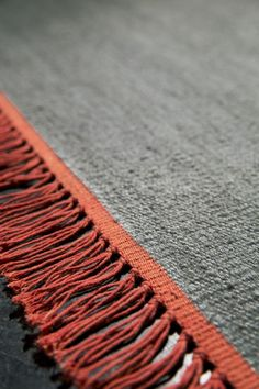 CARPETS CUSTOM MADE - Each and every carpet in the Kinnasand carpet collection is a single piece, knotted or woven by hand from pure new wool from New Zealand. The colour, size and design can be customised to suit individual preference. Rug Loom, Stair Rugs, Textures Patterns, Vintage Rugs, Rugs On Carpet, Area Rugs, Textiles, House Design, Pure Products