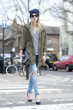 color mood boosting outfit ideas green camille over the rainbow Winter Outfits, Casual Outfits, Summer Outfits, Anorak Jacket Green, Olive Jacket, Khaki Jacket, Camille Over The Rainbow, Blazers, Ripped Denim