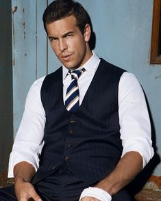 Keep Calm and Love Mario Casas Casual Outfits, Men Casual, Charming Man, Perfect Man, Gorgeous Men, Male Models, Men Dress, Sexy Men, Hot Guys