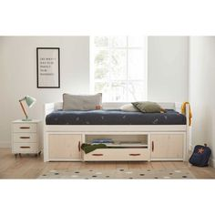 LIFETIME-Kojenbett mit Regalmodul Entryway, Furniture, Home Decor, Drawer Pulls, Roof Design, Kid Furniture, Mattress, Closet Storage, Shelf