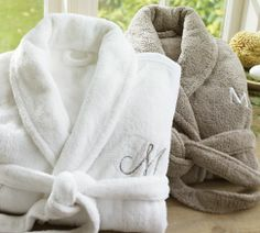 Cozy and comfy, this Organic Spa Robe transforms any bathroom or bedroom into a relaxing oasis. Made from organic cotton, our robe brings warmth and luxury with a full shawl collar and two patch pockets. Add a monogram to the upper left-side panel…