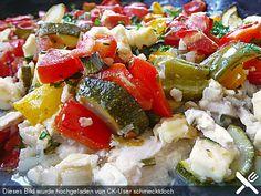 Backofengemüse auf Schafskäse, ein raffiniertes Rezept aus der Kategorie Gemüse. Bewertungen: 624. Durchschnitt: Ø 4,4.