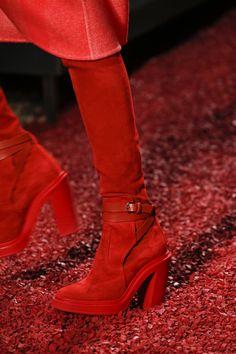 Hermès Fall 2018 Ready-to-Wear Fashion Show Details