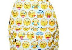 """10 pytań z serii """"Co wolisz?"""" Gadżety emoji!"""