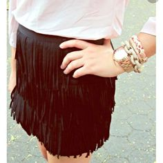 "NWOT XS Zara Fringe Skirt XS, worn once! Perfect condition. Waist is approx 24.4"", hips approx 35.4."" Price is firm. Zara Skirts"