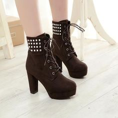 76.00$  Buy now - http://ali6ln.worldwells.pw/go.php?t=32733507115 - New Autumn Winter Women Boots High Quality Solid Lace-up European Ladies PU Nubuck Leather Fashion Ankle Boots short martin boot