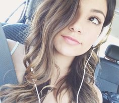 Bethany mota. i love her new hair<3