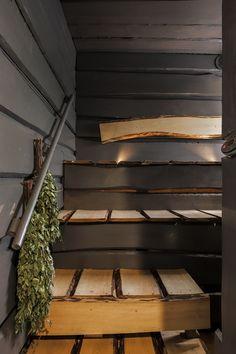 Tummanpuhuvassa saunassa on ihana puun tuoksu. Stairs, Home Decor, Stairway, Decoration Home, Room Decor, Staircases, Home Interior Design, Ladders, Home Decoration
