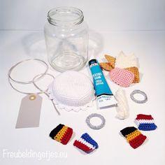 Freubeldingetjes.eu: Glazenpotje voor een zilver bruidspaar