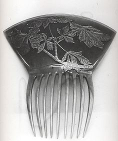 Lalique 1900 Hair Comb: horn and silver; wish the picture were in color