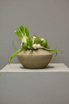 Greengrocery's flower arrangement ~ Japanese florist Chikara Nishizawa - Special interview | monthly florist
