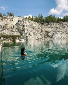 hiking pictures couple and hiking pictures Cette piscine natur Tahiti, Montreal Activities, Places Around The World, Around The Worlds, Ontario Travel, Swimming Holes, Canada Travel, Beach Trip, Vacation Destinations