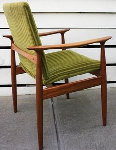 Outdoor Chairs, Outdoor Furniture, Outdoor Decor, Mid Century Style, Accent Chairs, Home Decor, Upholstered Chairs, Garden Chairs, Interior Design