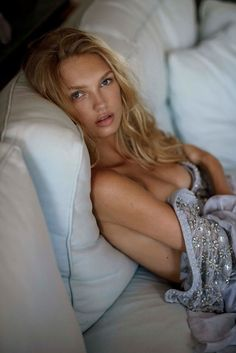 Photography: Gilles ensimon  Model: Romee Strijd