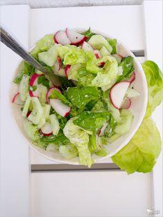 Ekspresowa sałatka do obiadu lub dań z grilla Lettuce, Cobb Salad, Potato Salad, Grilling, Potatoes, Shake, Vegetables, Ethnic Recipes, Food