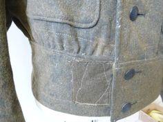 Feldbluse M44, Kragenspiegel und Brustadler Originalvernäht, 900