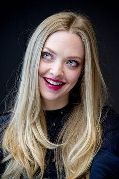 Amanda Seyfried Les Miserables' film photocall, New York Smile Pictures, Celebrity Moms, Celebrity Photos, Celebrity Style, Young Actresses, Actrices Hollywood, Sarah Michelle Gellar, Famous Models, Les Miserables