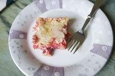 Gooey Strawberry & Cream Cheese Bars! (Oh freaking yes.)