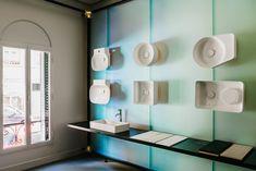 LAUFEN bathrooms' new madrid showroom designed by patricia urquiola Patricia Urquiola, Beautiful Interior Design, Best Interior, Laufen Bathroom, Showroom Interior Design, Contemporary Shower, Shower Units, Dezeen, Boutique Design
