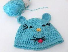 Gattino o galletto, quale animaletto vi piace di più? Noi non riusciamo a scegliere, sono entrambi bellissimi! Potete acquistare questi #cappellini qui: http://www.gianclmanufatti.com/#!cappelli-fascette/cqd9
