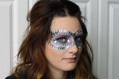 Creative Halloween Makeup  by:  www.roxanneshairstudio.com