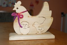 Osterdeko - Hendl mit Küken Bastelanleitung zum selber basteln Wood Projects, Woodworking Projects, Projects To Try, Wood Crafts, Diy And Crafts, Beer Pong Tables, Scroll Saw Patterns, Wood Design, Wood Art