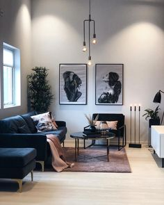 "🌵Benedicte Helgesen Nernes on Instagram: ""➕ L e L i v i n g r o o m 🕯 Ser du det? At lampen min endelig henger riktig?😆 Lite som minner om høst i min stue egentlig.. Jeg har ikke…"" Small Living Room Design, Living Room Grey, Living Room Sofa, Living Room Designs, Living Room Decor, Living Rooms, Decor Room, Home Decor, Small Apartment Decorating"