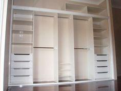 Wardrobe Design Bedroom, Master Bedroom Closet, Bedroom Wardrobe, Modern Bedroom Design, Built In Wardrobe, Bedroom Cupboard Designs, Bedroom Cupboards, Ideas Armario, Pooja Room Design
