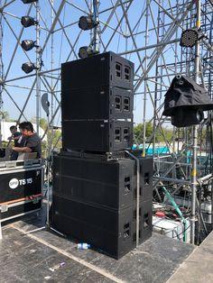 Stage Equipment, Home Studio Setup, Speaker Box Design, Dj Setup, Audio Amplifier, Loudspeaker, Cool Guitar, Audio System, Events
